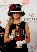 kentuckyderbytrophy01_bn